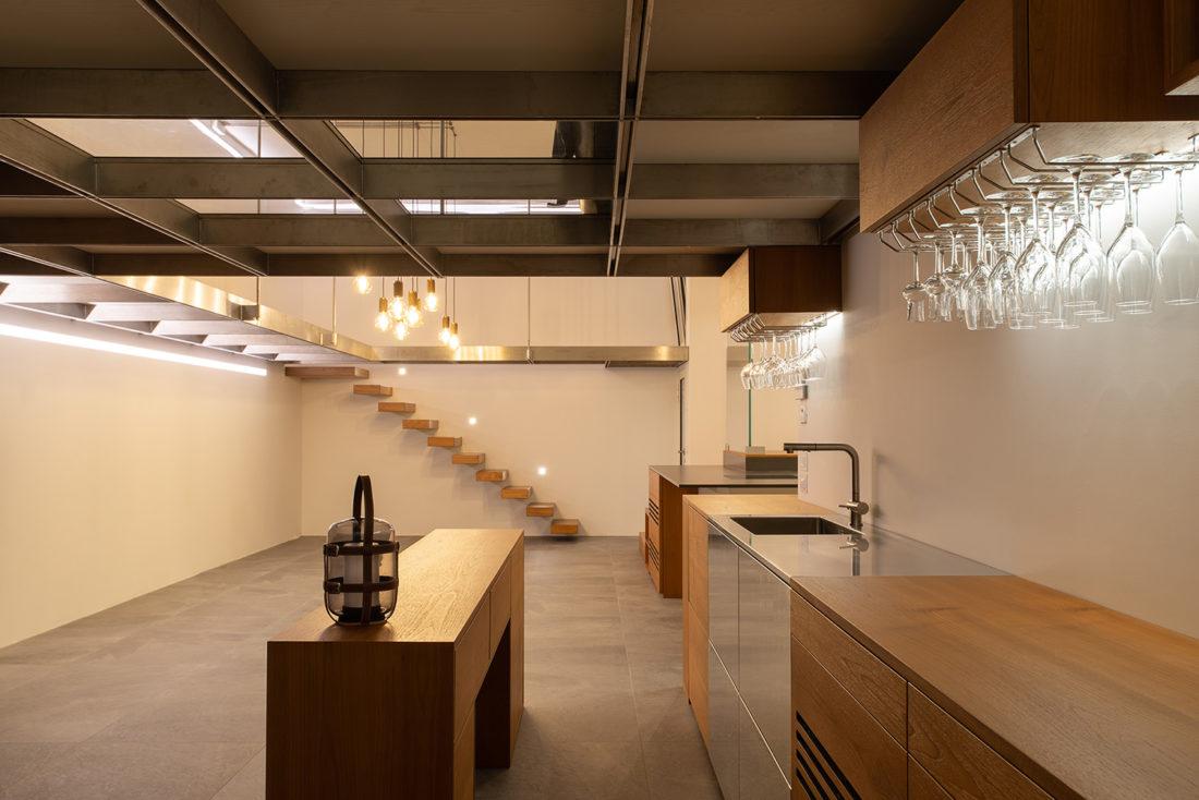 Foto di interni di una Taverna fotografata da INLET STUDIO