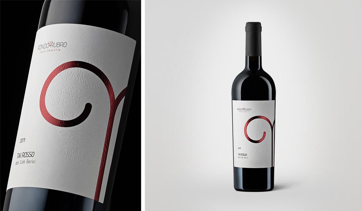 Foto bottiglia di vino Fondo Rubro