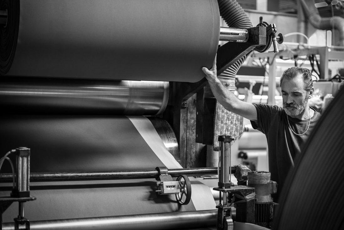 Foto processo industriale in azienda